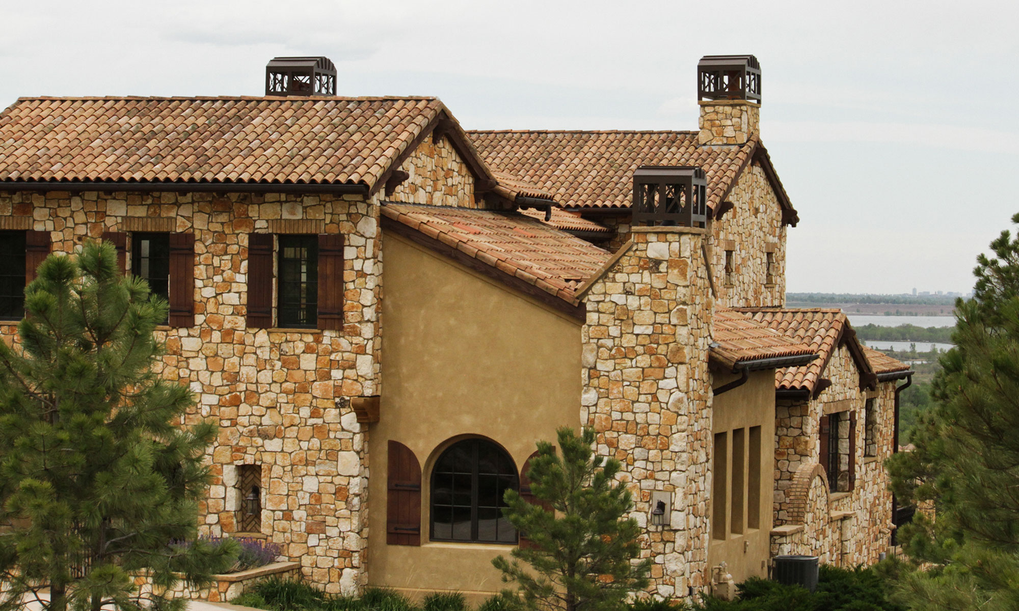 Distinctive Custom Roofing
